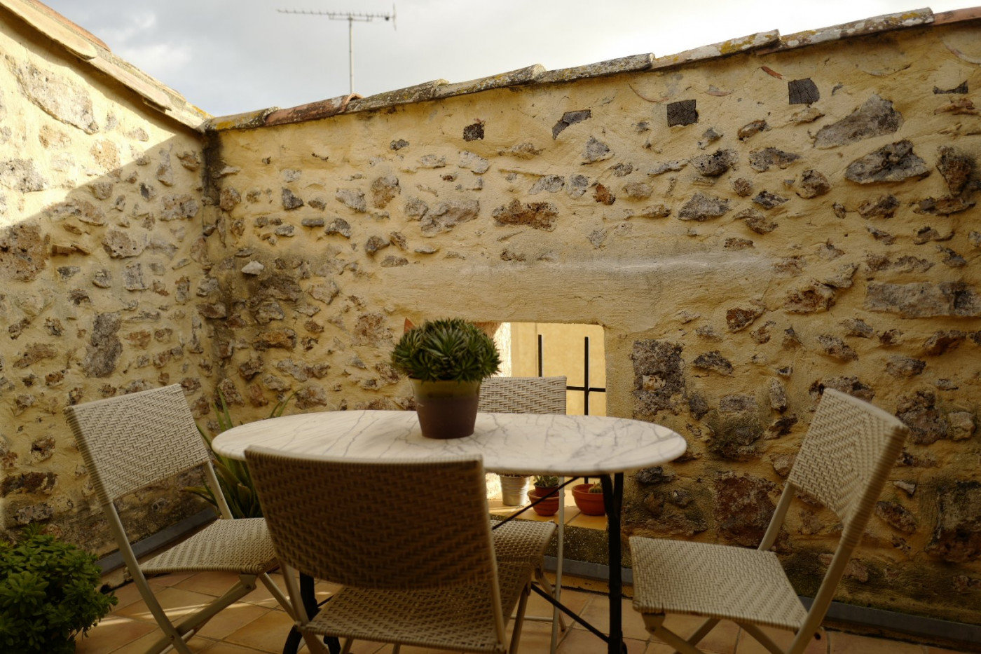 Village house with terrace in Marseillan