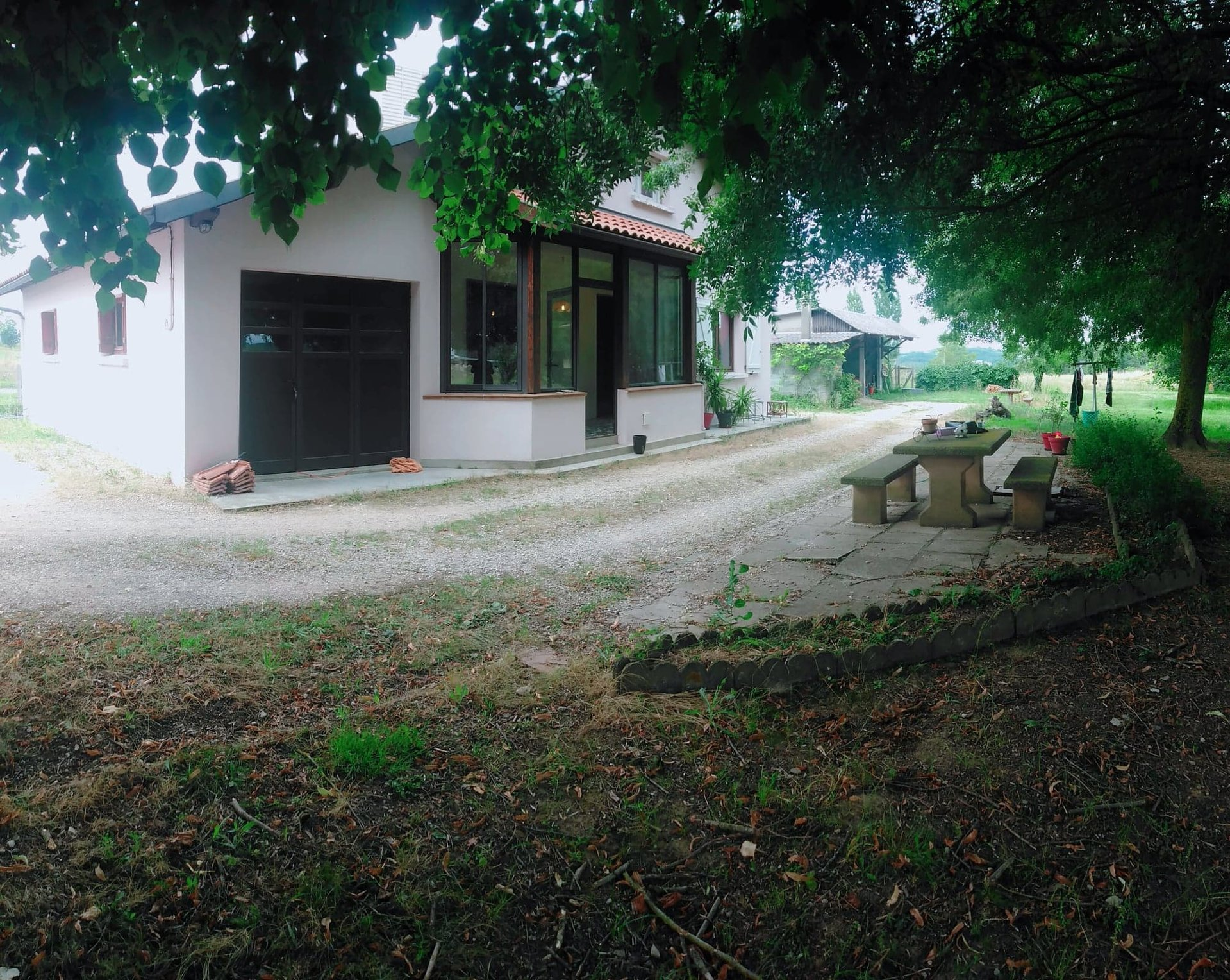 71 sqm house with 50m2 attic - 5,500 sqm of land outbuildings