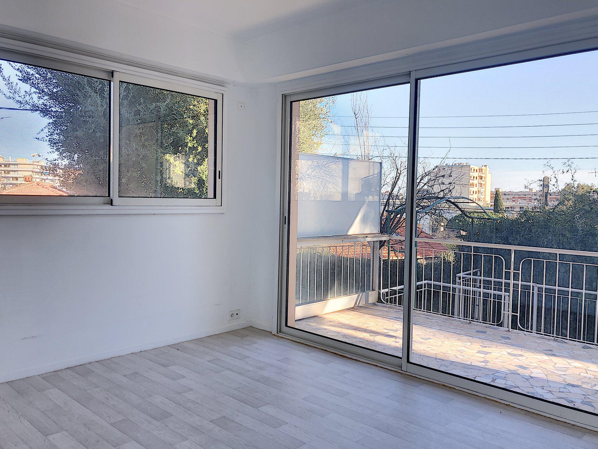 Cagnes Sur Mer (06800) - Appartement 4 pièces - jardin 300m2