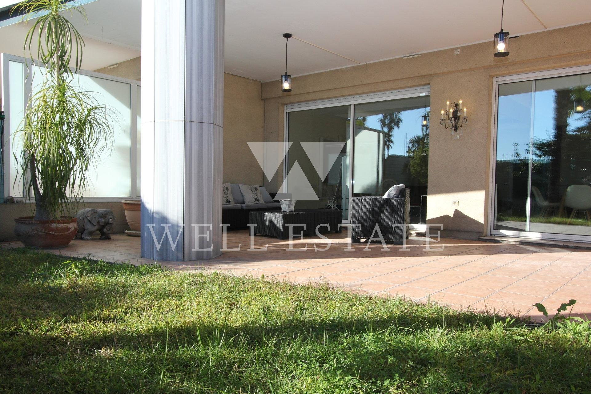 GOLF JUAN APARTEMENT 115M2 2 BEDROOMS TERRACE GARDEN SWIMMING POOL