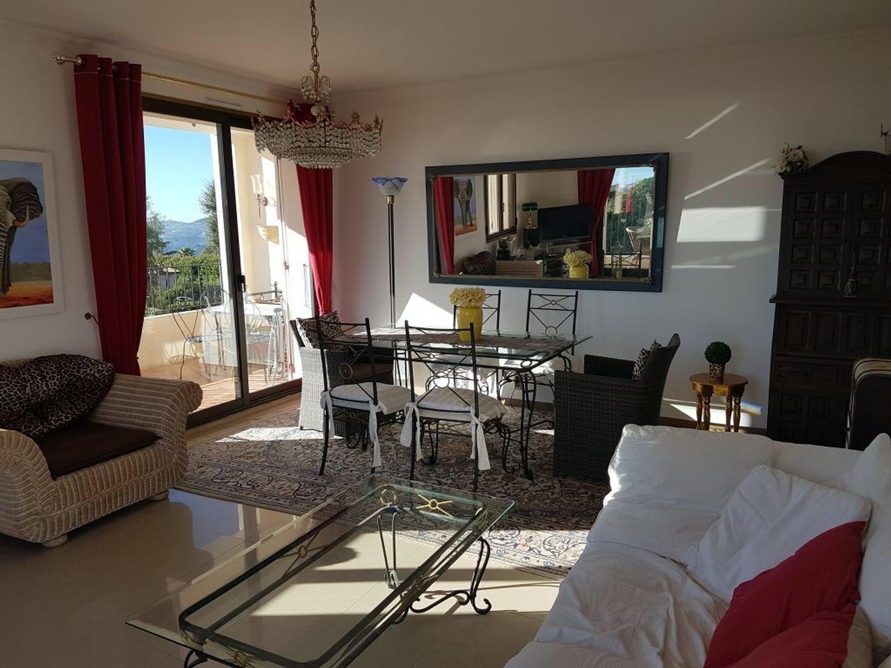 Lägenhet med clubaccess i Villeneuve-Loubet - Tenns & pool