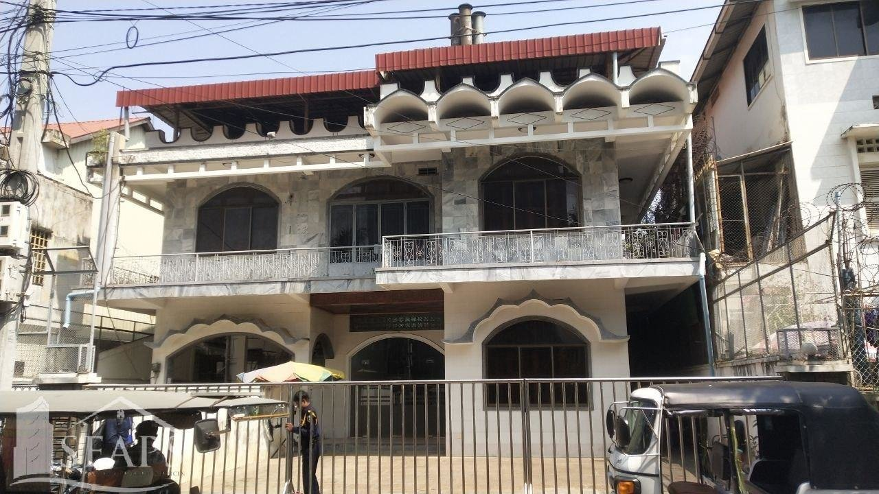 Spacious Villa  For Rent in Chakto Mukh