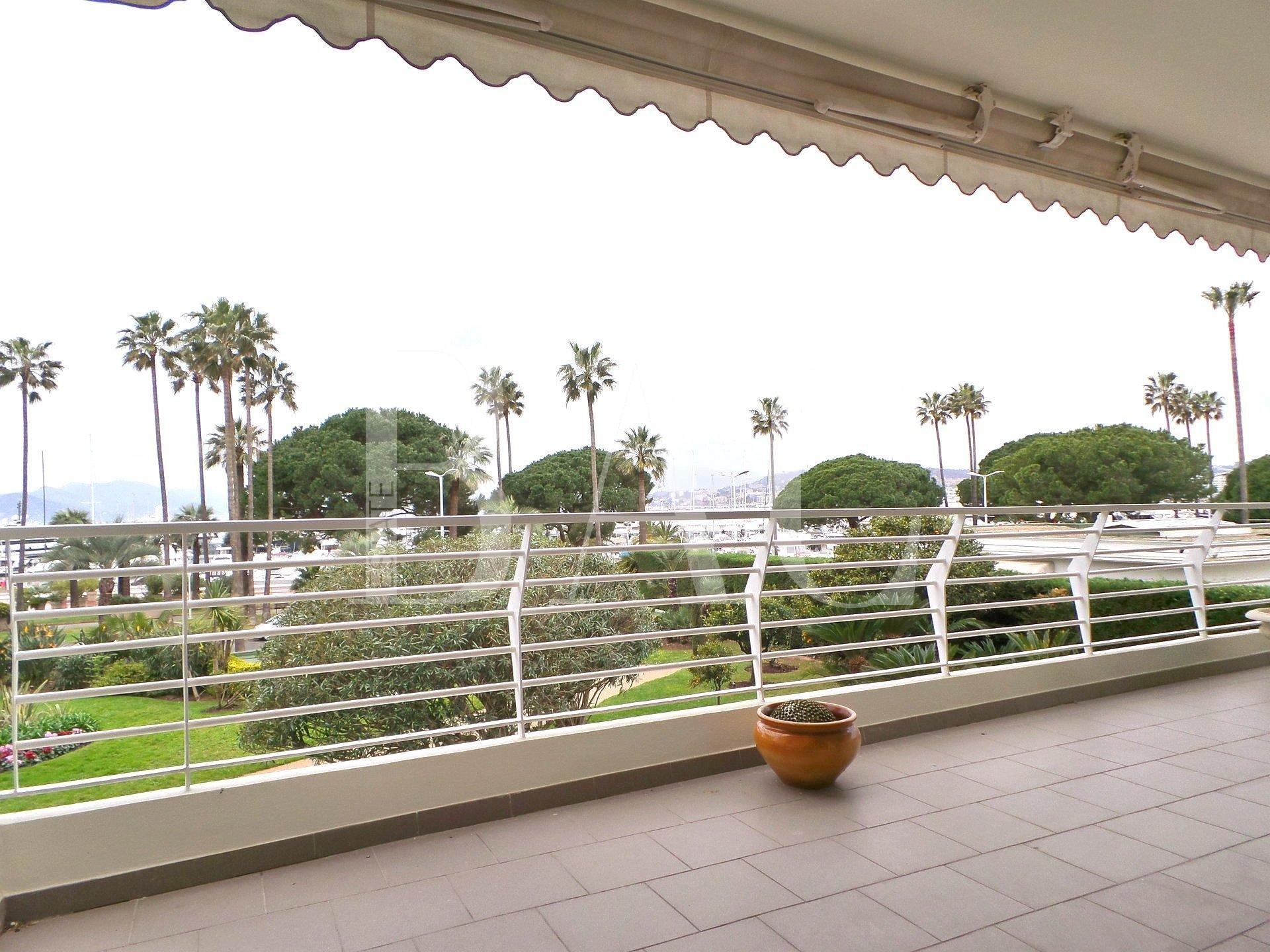 Appartement-Terrasse-Cannes-Croisette-BAC-Estate