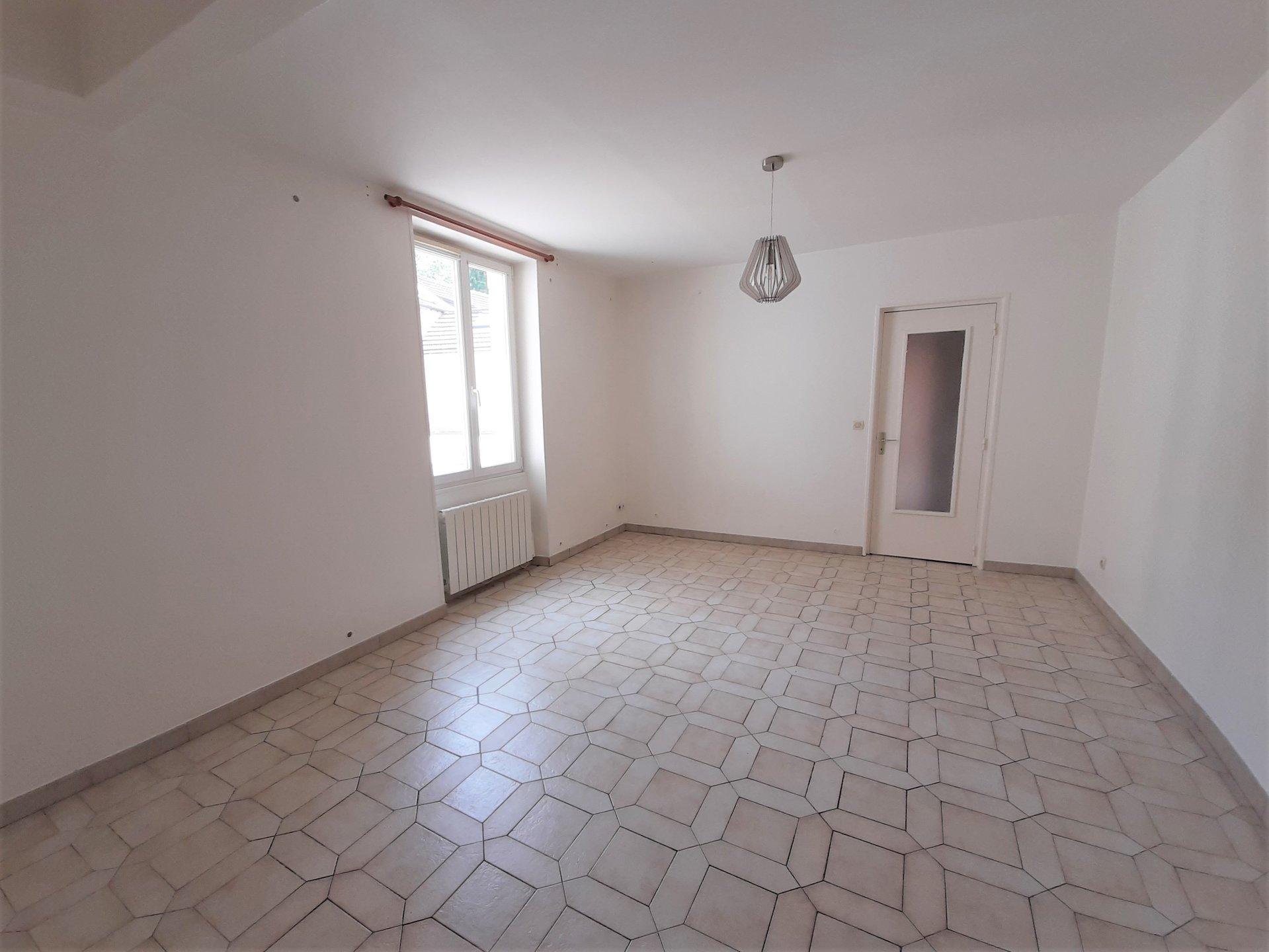 Location Appartement Le Mesnil-Saint-Denis