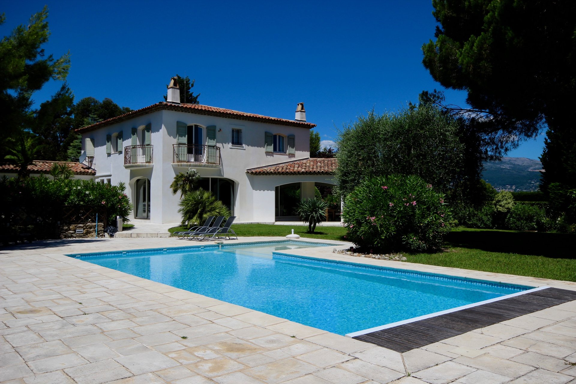 Beautiful property in the Castellaras area