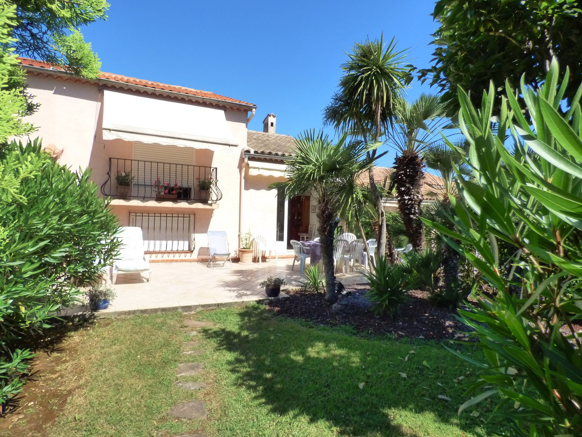 BIOT Proche Sophia House 5 rooms 102 m2