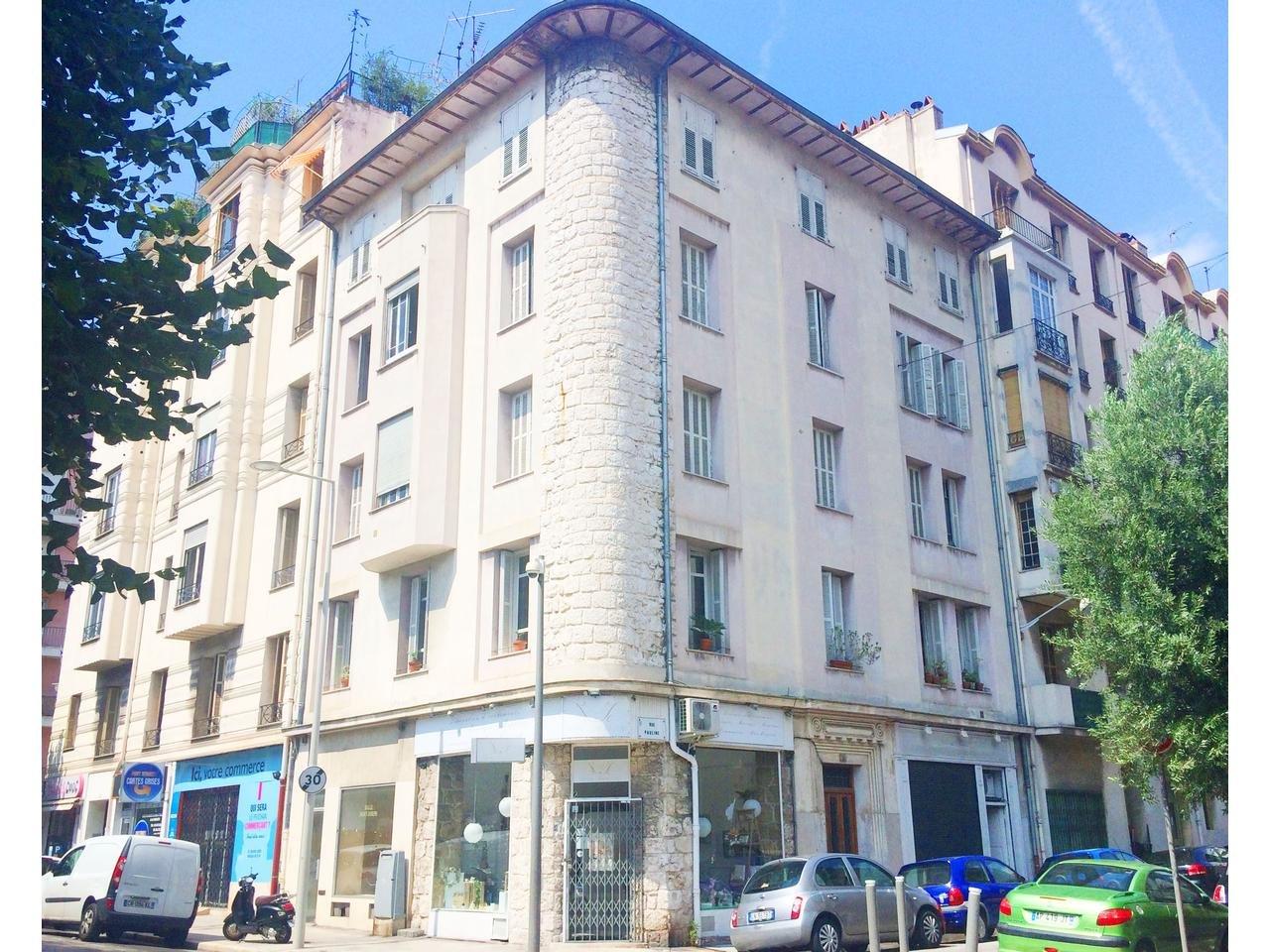 Sale Building - Nice Vernier
