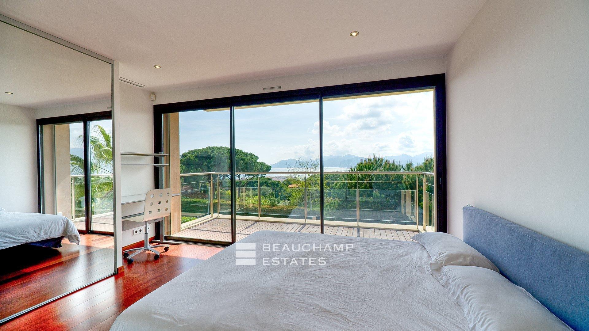 Spacieuse Villa Contemporaine 5 Chambres Cannes Vue Mer