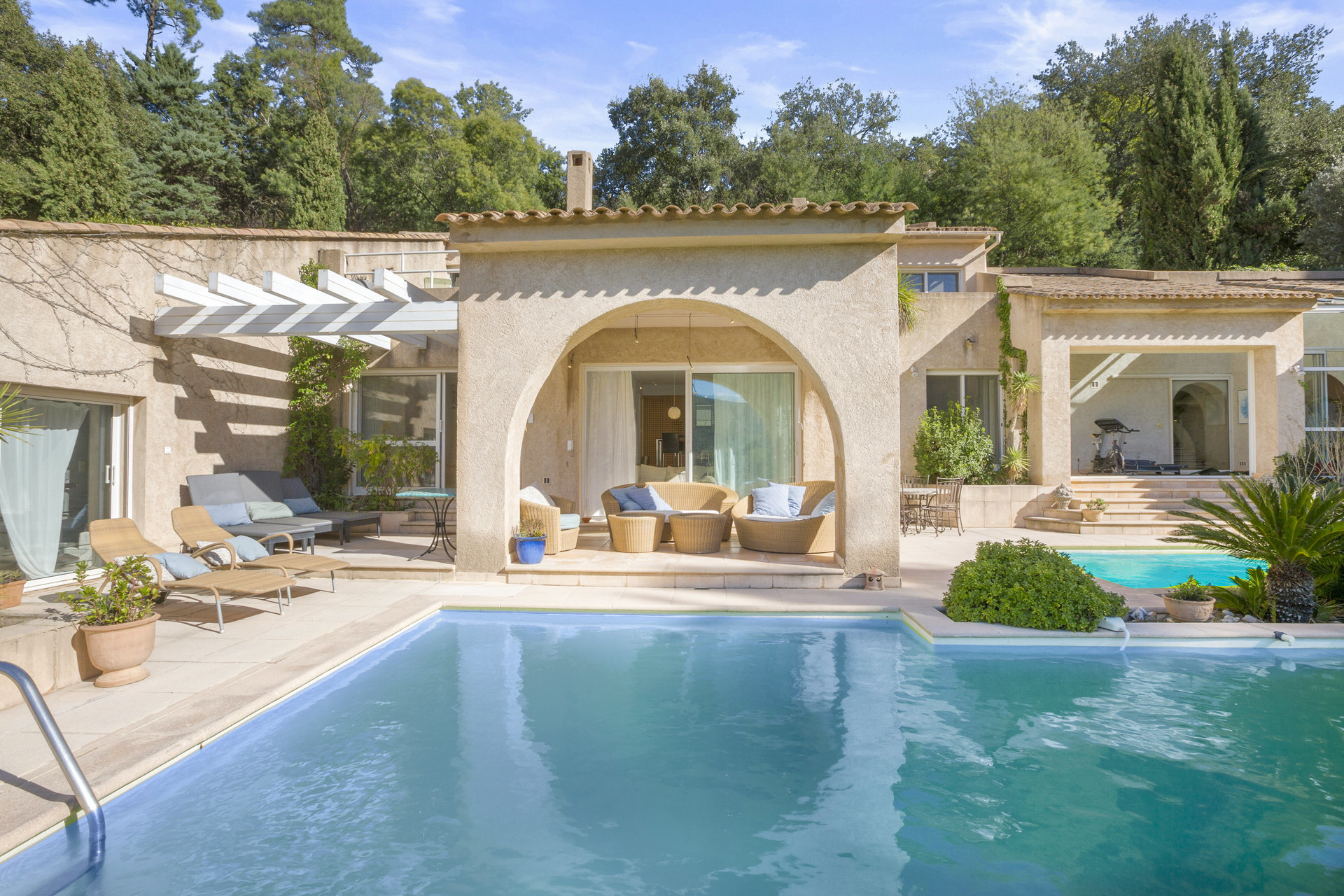 Exceptionnel, cadre idyllique proche Cannes