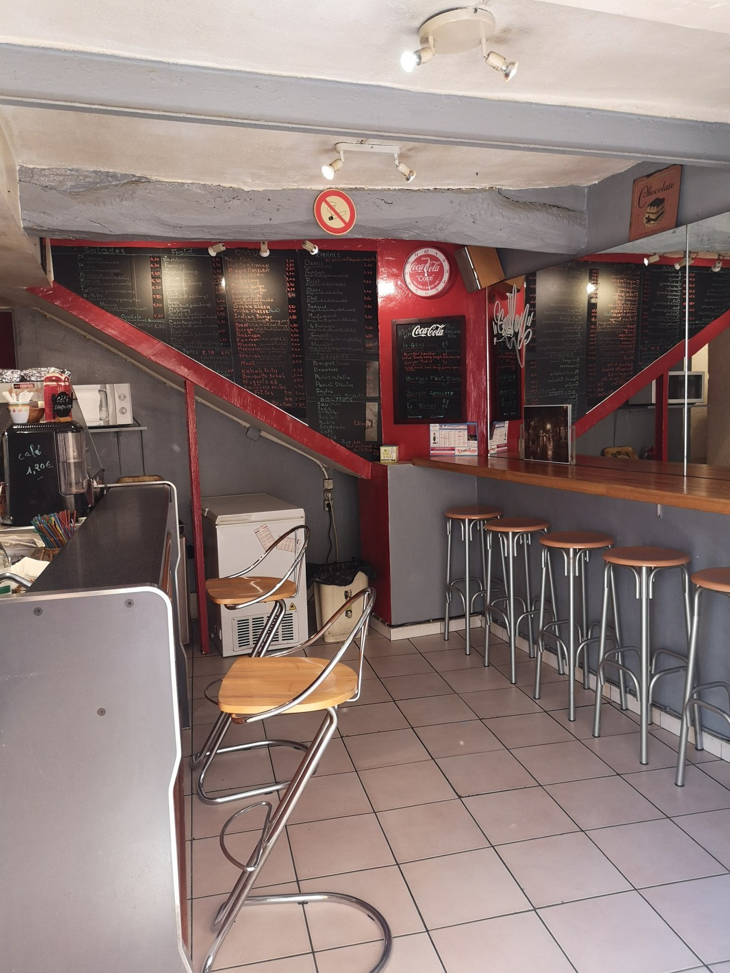 Fonds de commerce Snack de 70m² + terrasse Grasse