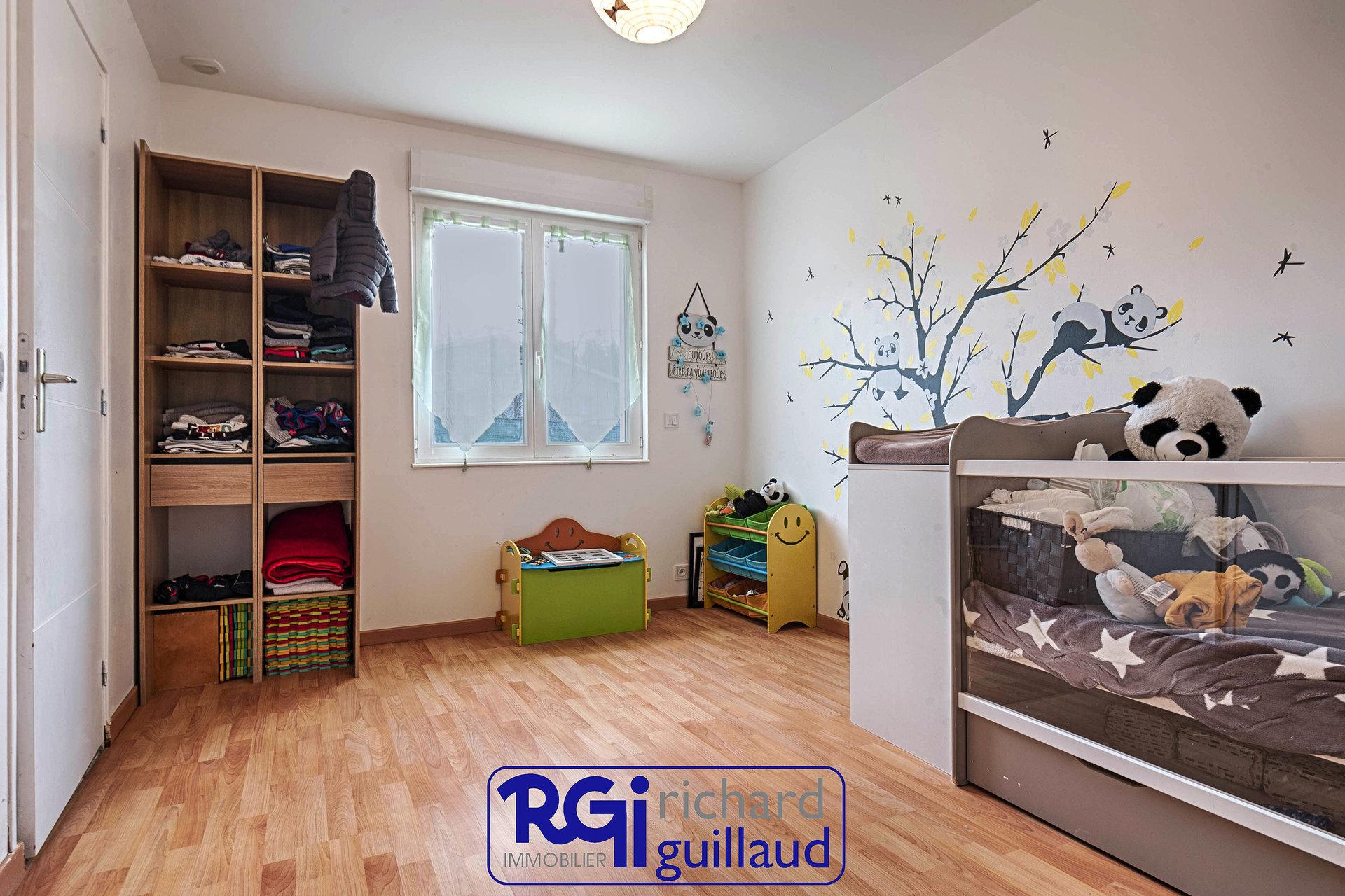 Maison Plain-Pied 5 chambres + Garage double