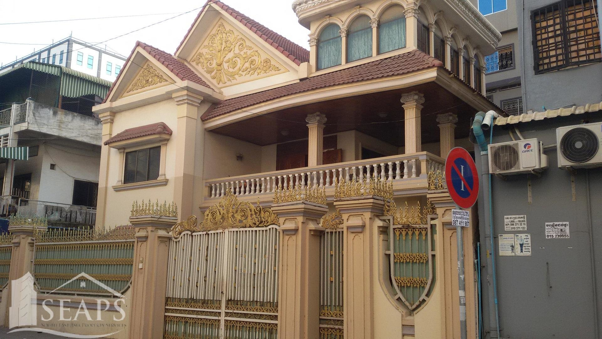 VILLA 7 BEDROOMS FOR RENT IN CHAMKAR MON - BKK3