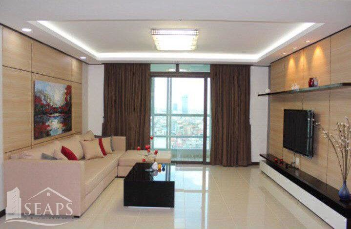 3 BEDROOMS CONDO FOR SALE IN CHAMKARMON AREA - BKK1