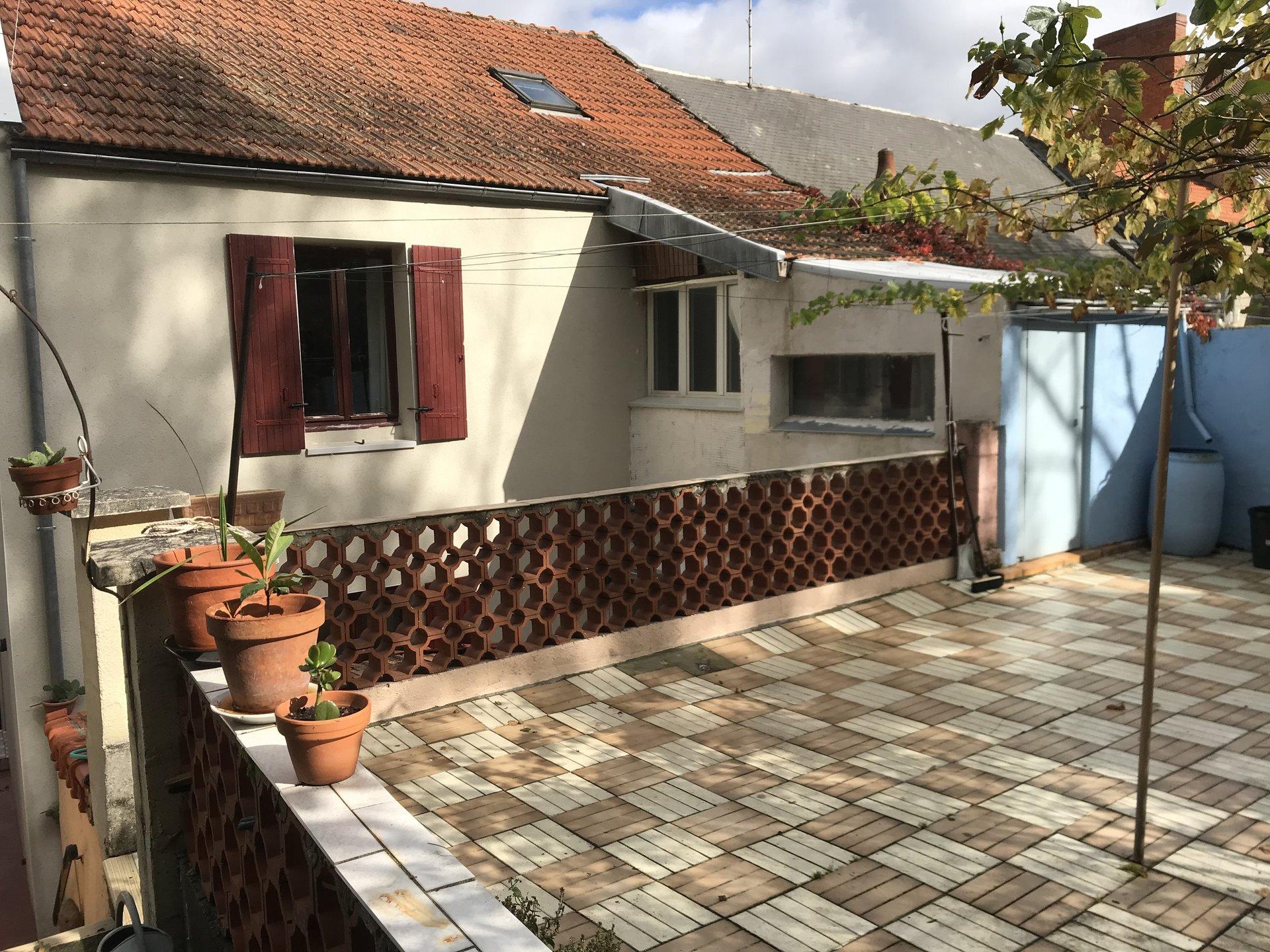 5961LRM- Maison Jardin, Cusset