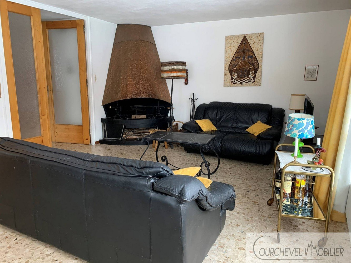 GRAND APPARTEMENT A RAFRAICHIR - COURCHEVEL LE PRAZ