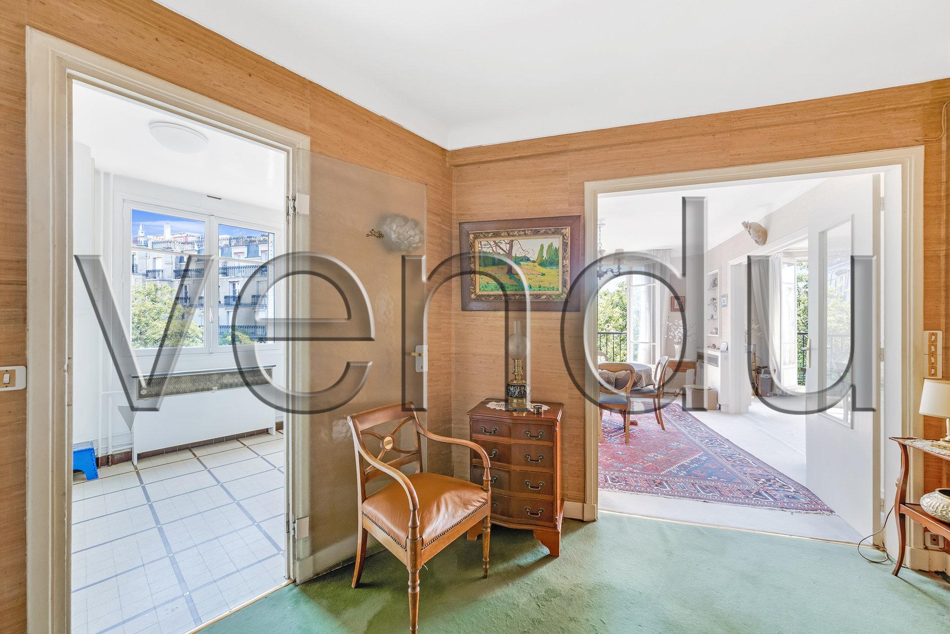 Magnifique appartement familial ensoleillé rue Caulaincourt