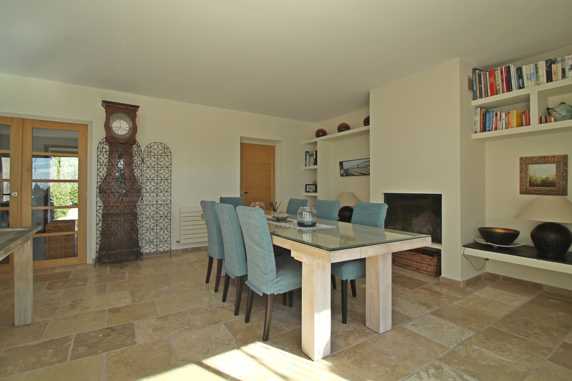 Fayence area: moderne villa in a haven of peace on 11000m² of land