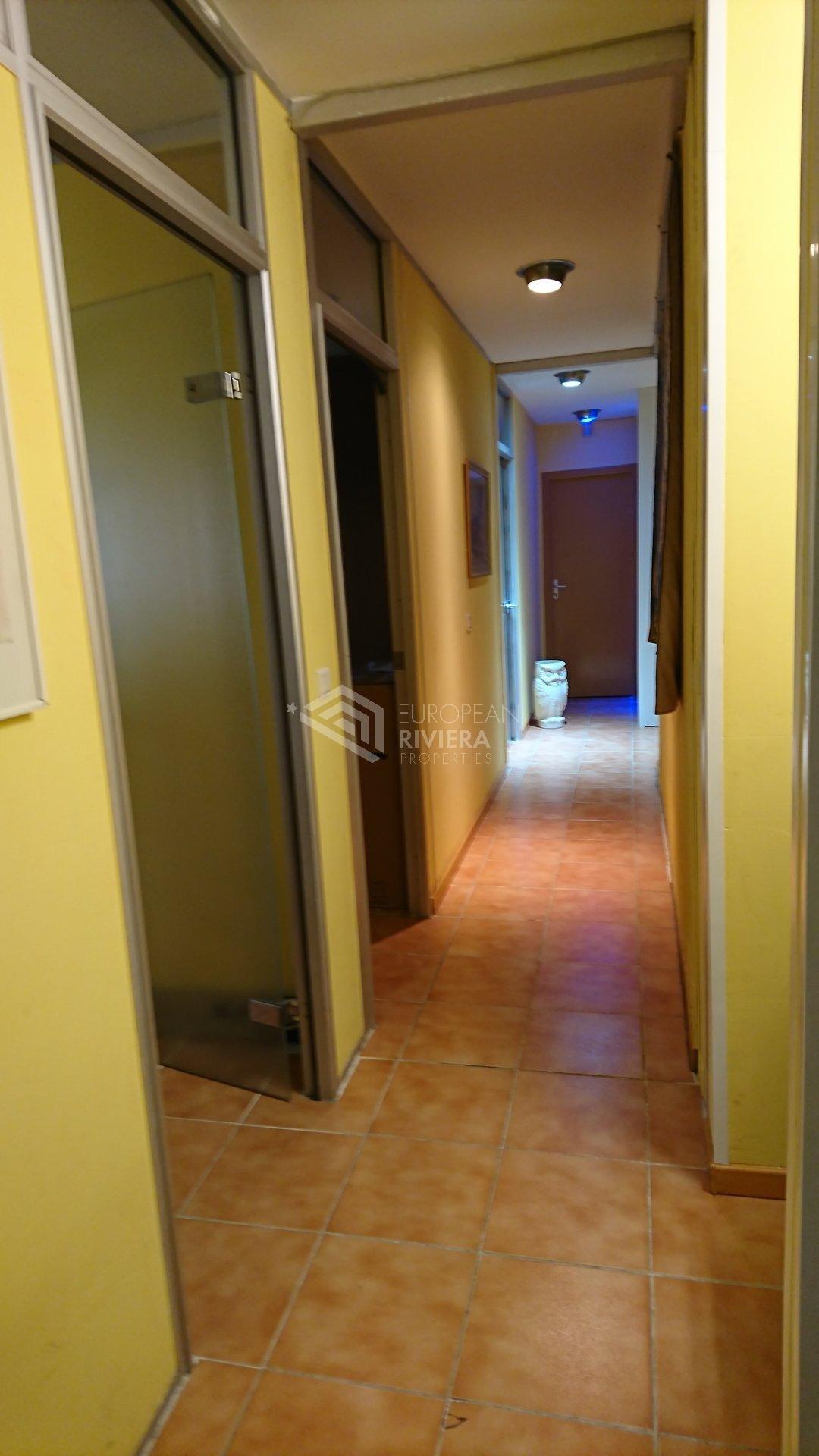 Продажа Квартира - Сен-Лоран-дю-Вар (Saint-Laurent-du-Var) Arnault Tzanck