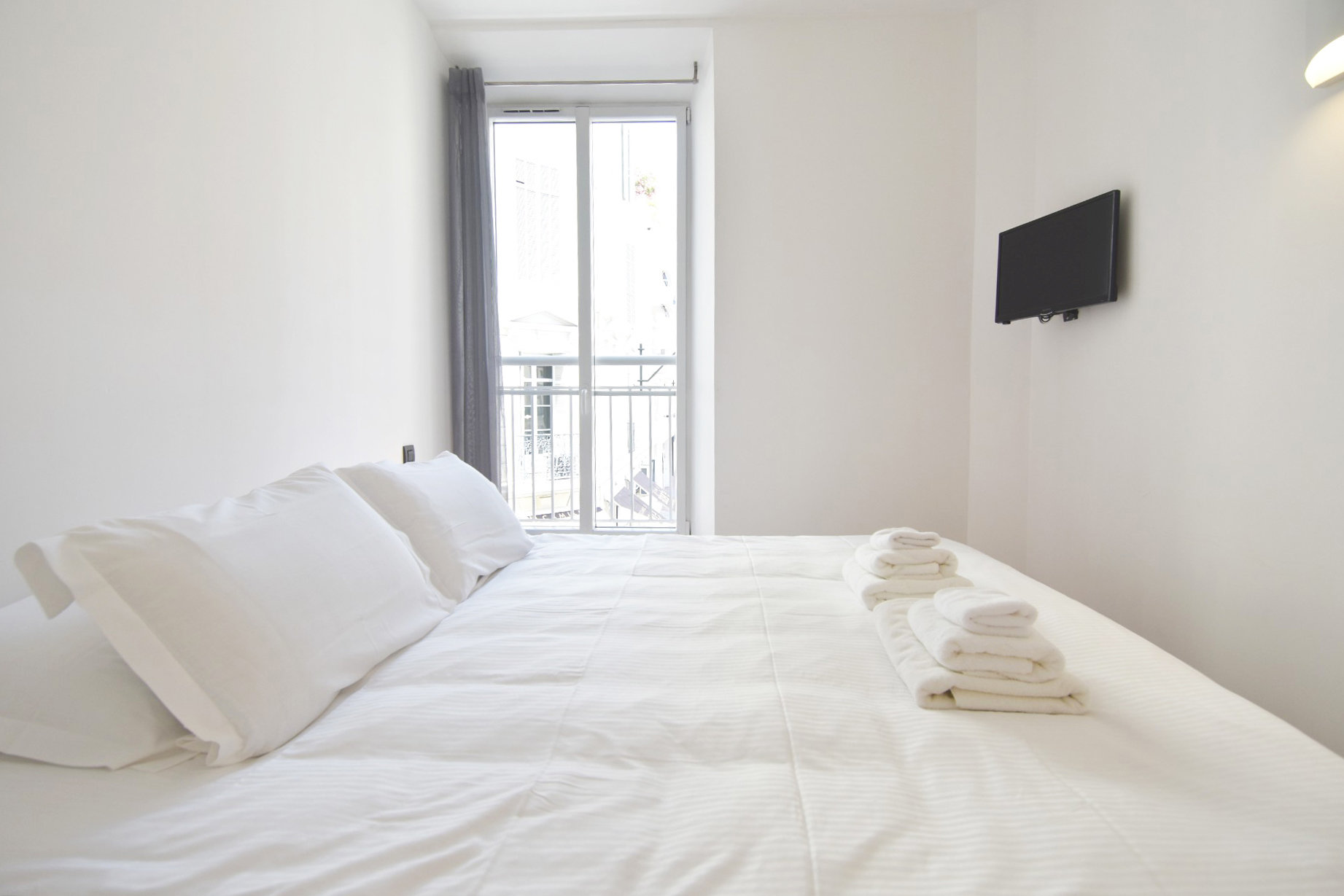 Appartement 2 pièces rue d'Antibes  Cannes