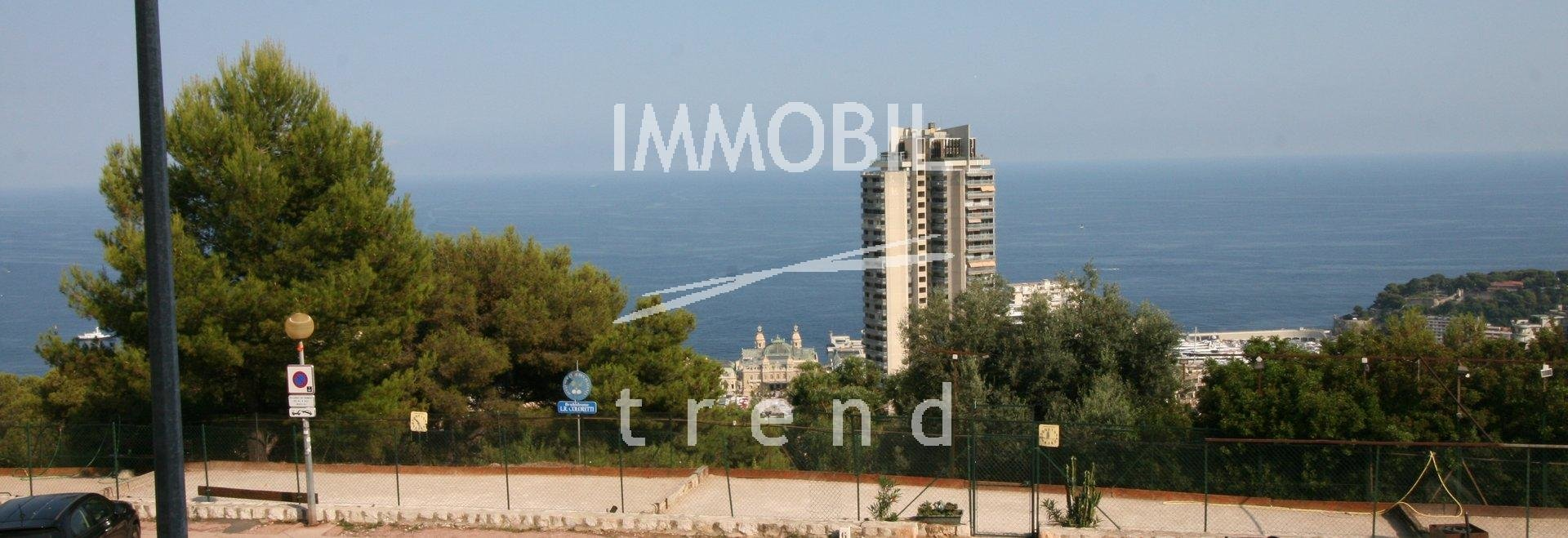 EXCLUSIVITE BEAUSOLEIL MONTECARLO VISTA- APPARTEMENT AVEC UNE TERRASSE DE 90 m2. Parking sous sol.