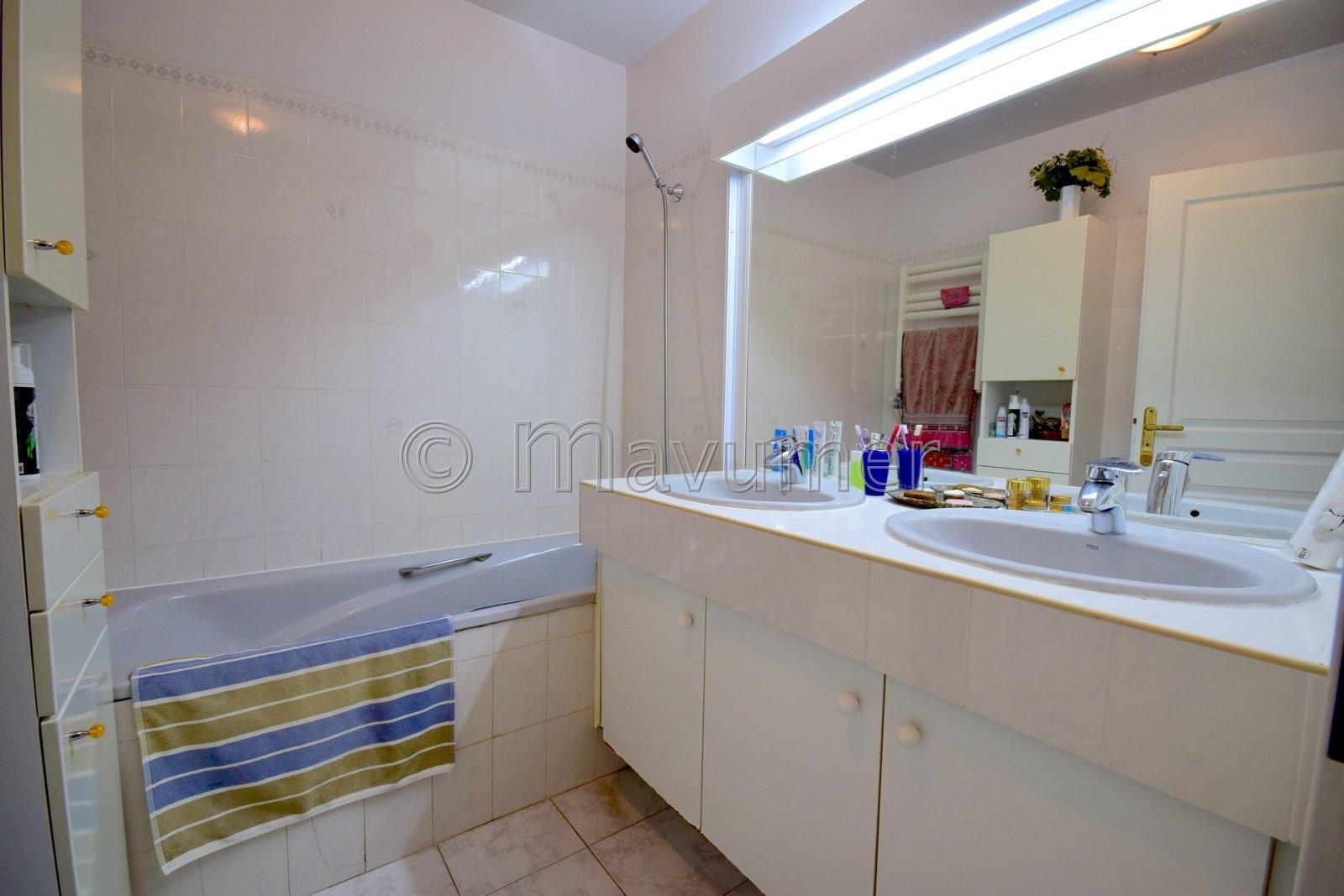 Sale Apartment - Marseille 6ème Lodi