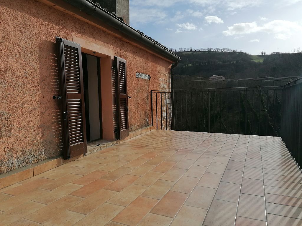 Sale House - Fossombrone - Italy