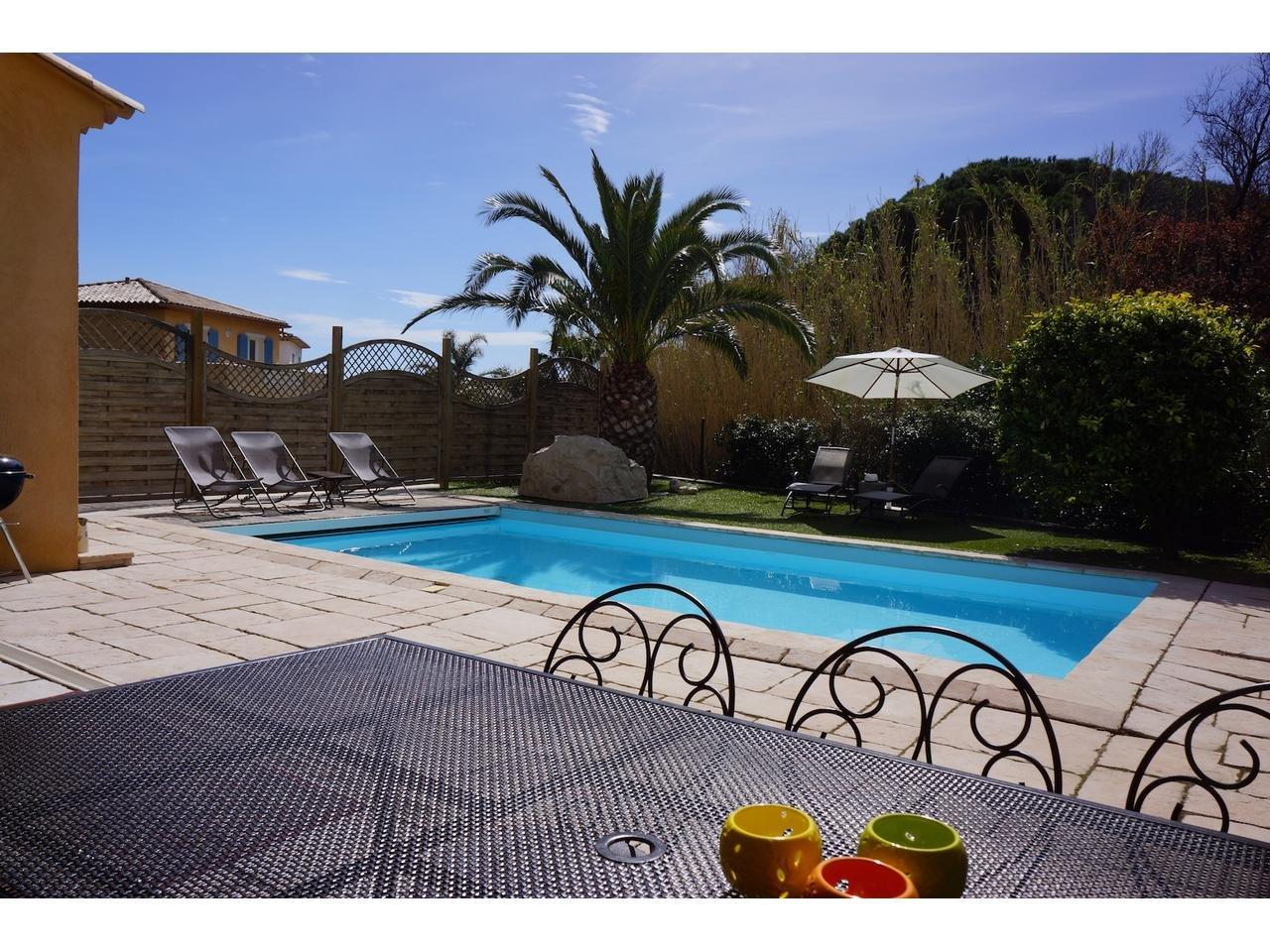 ST Maxime, La Nartelle, trevligt radhus med egen pool.