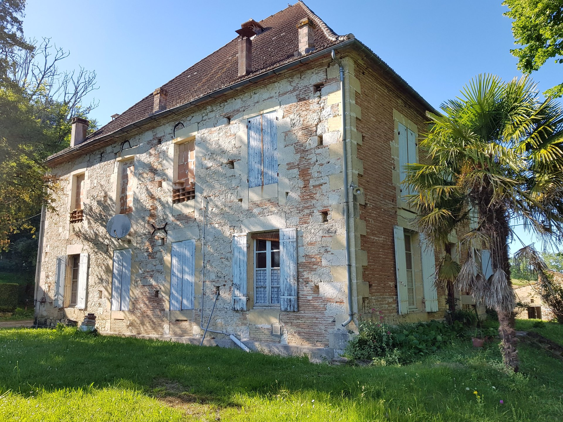 Great opportunity to renovate a wonderful property with land and outbuildings