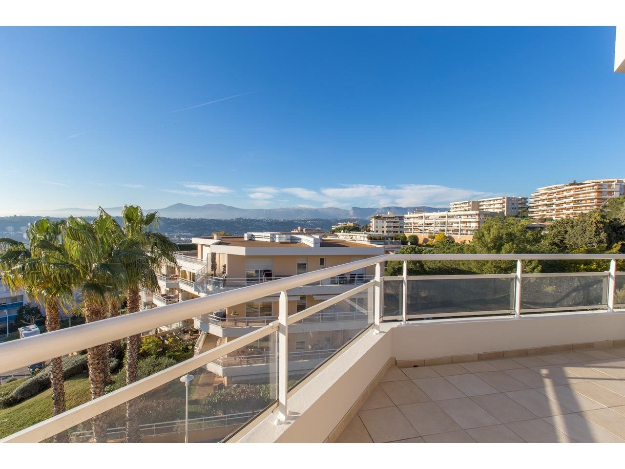 Appartement  2 Rooms 49.65m2  for sale   380000 €