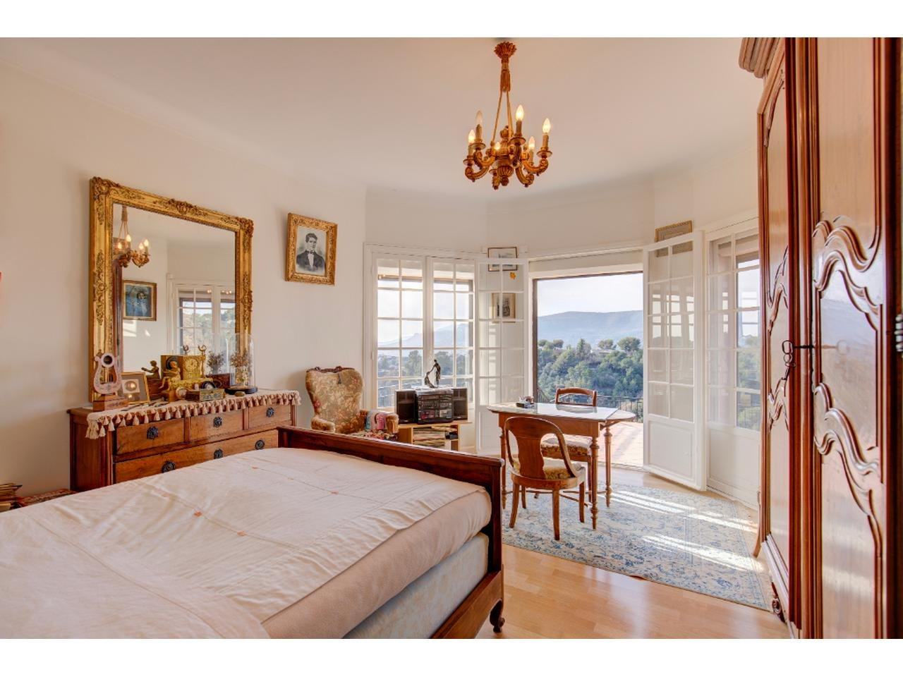 Maison  7 Rooms 255m2  for sale   990 000 €