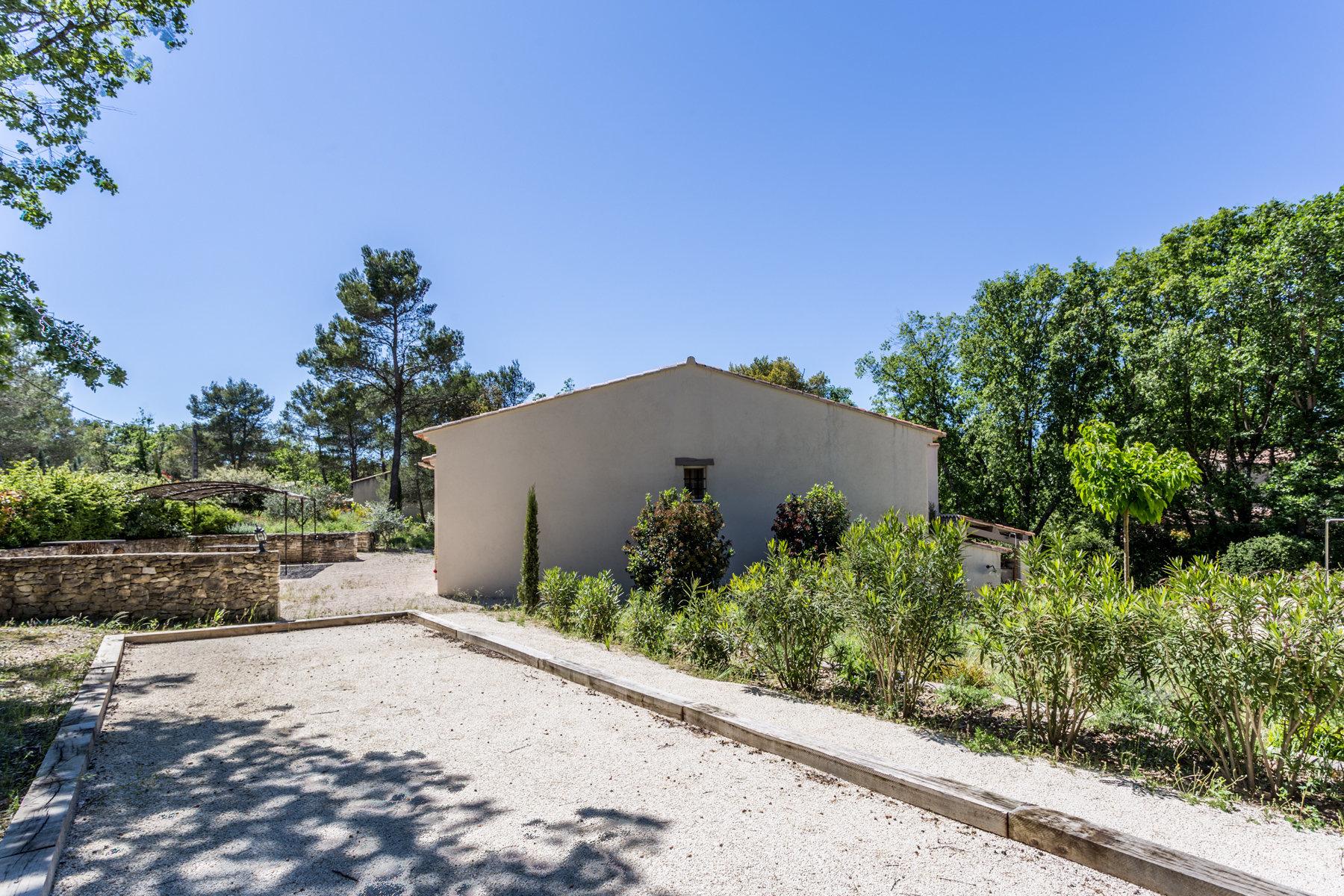 Villa avec piscine à Menerbes