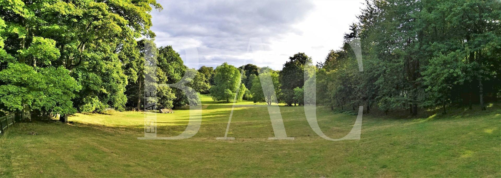 Superbe Manoir dans son Parc de 15 Hectares