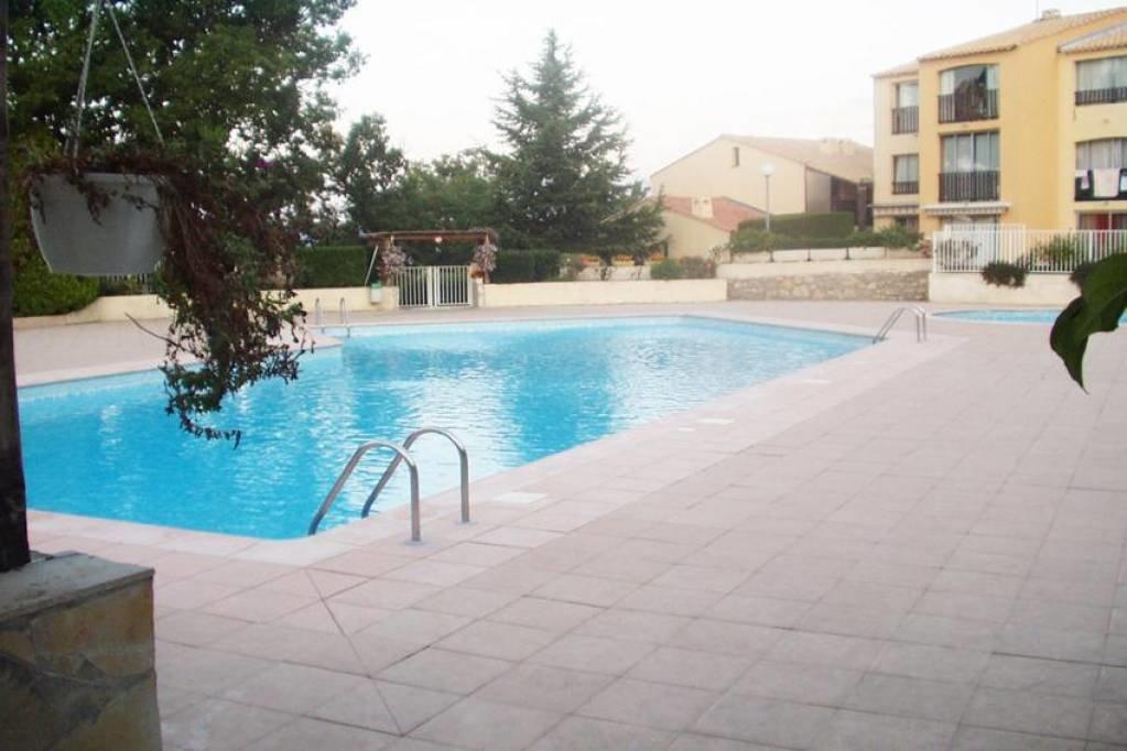 Sale Apartment - Saint-Vallier-de-Thiey
