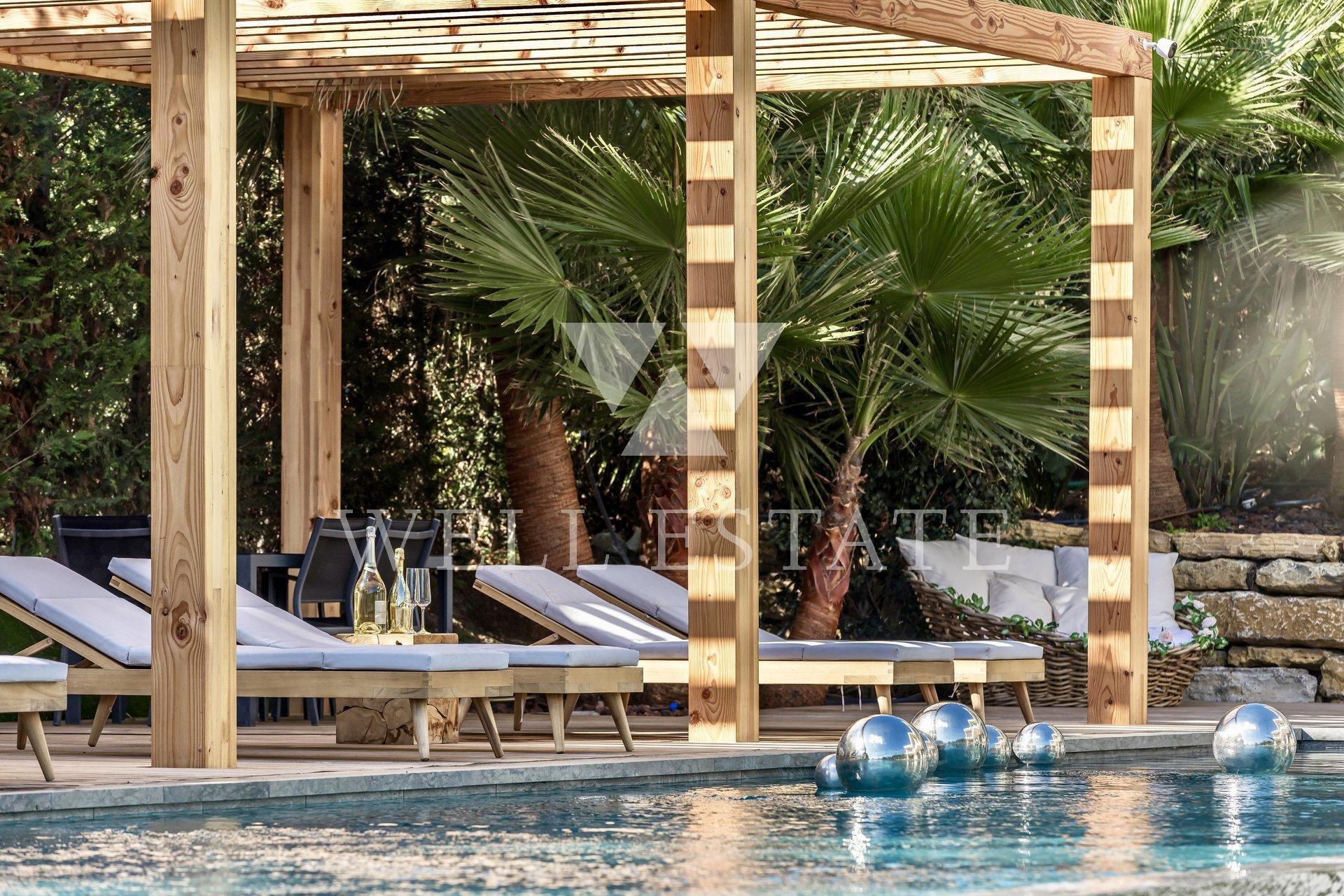 Мужан новая современная вилла 720м2 на участке 2900м2 с бассейном и мини гольфом