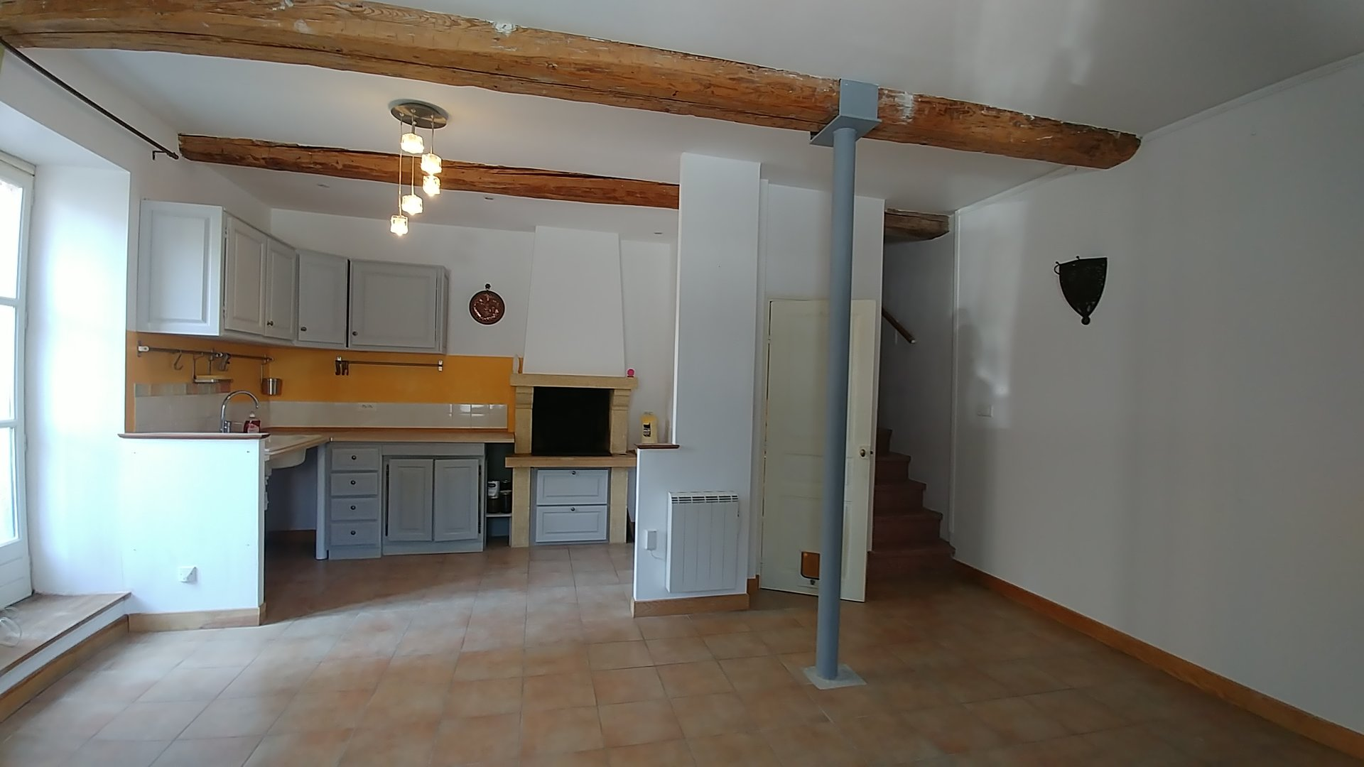Neffies, views! Beautifully renovated village house with terrace