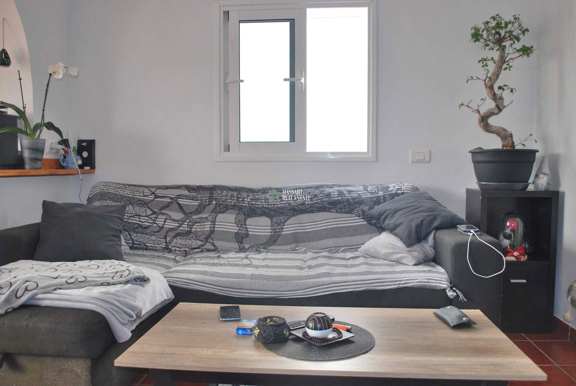 En venta en primera línea de mar, en el complejo residencial Aguaviva (Callao Salvaje), apartamento completamente amueblado de 52 m2