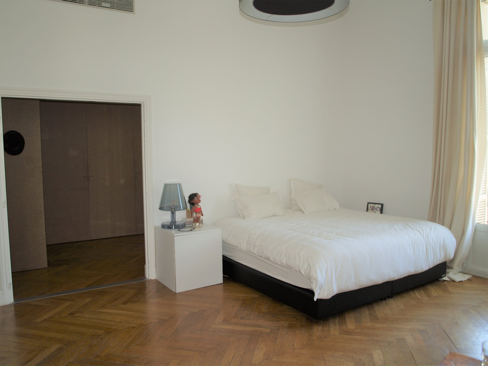 5 Rooms - Parc Impérial