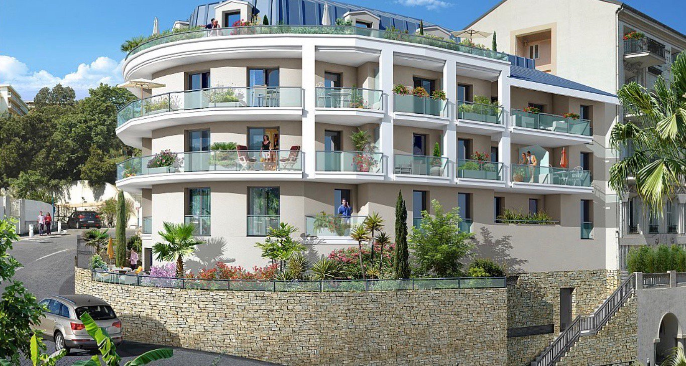 NICE - French Riviera - 1 Bed apartment with sea view