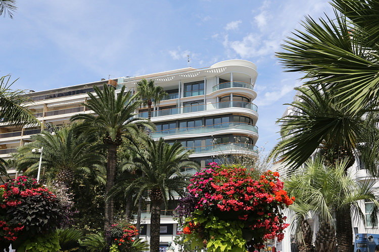 Exceptionnel appartement neuf Cannes Croisette. Rare!