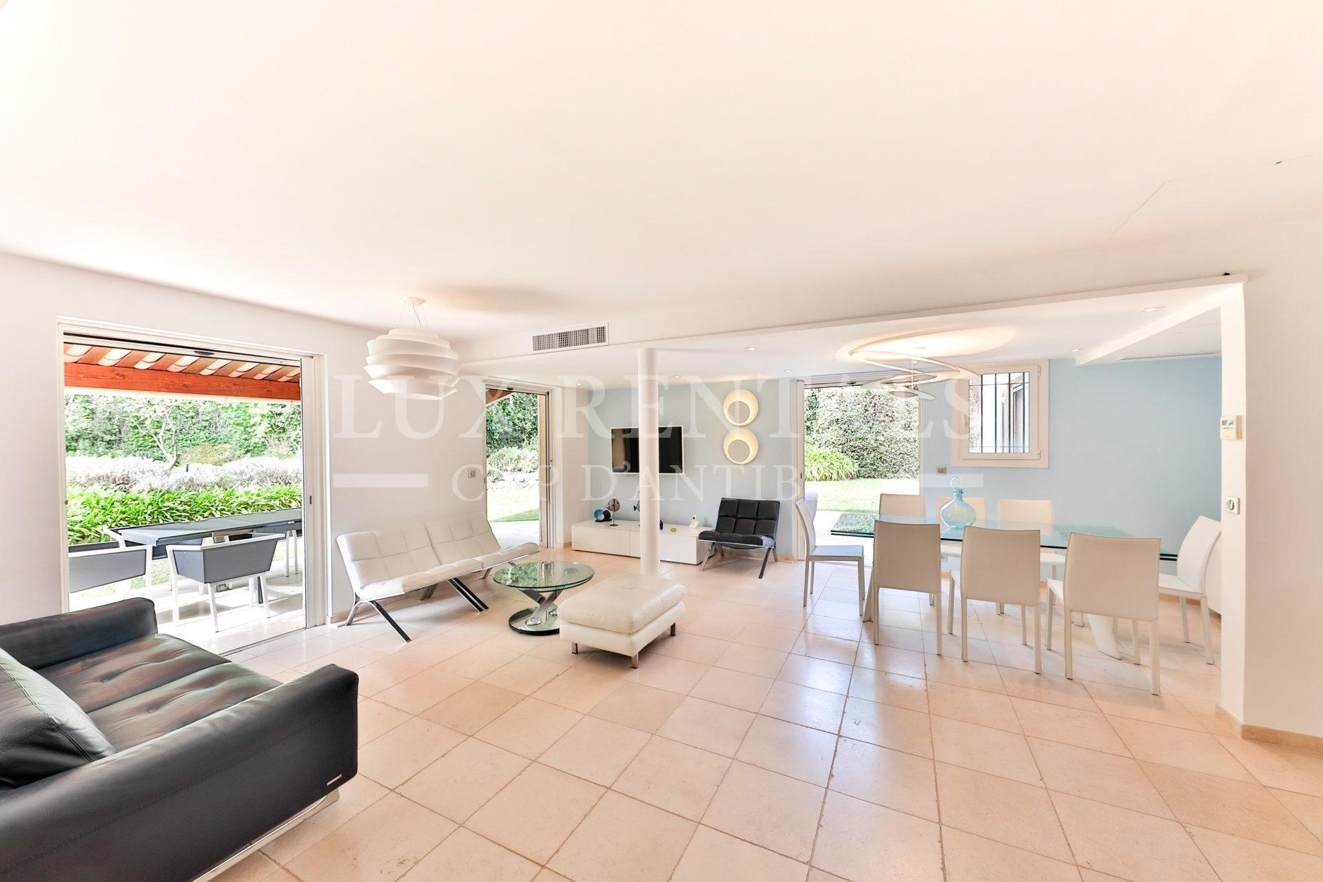 Apartment 5 rooms Cap d'Antibes