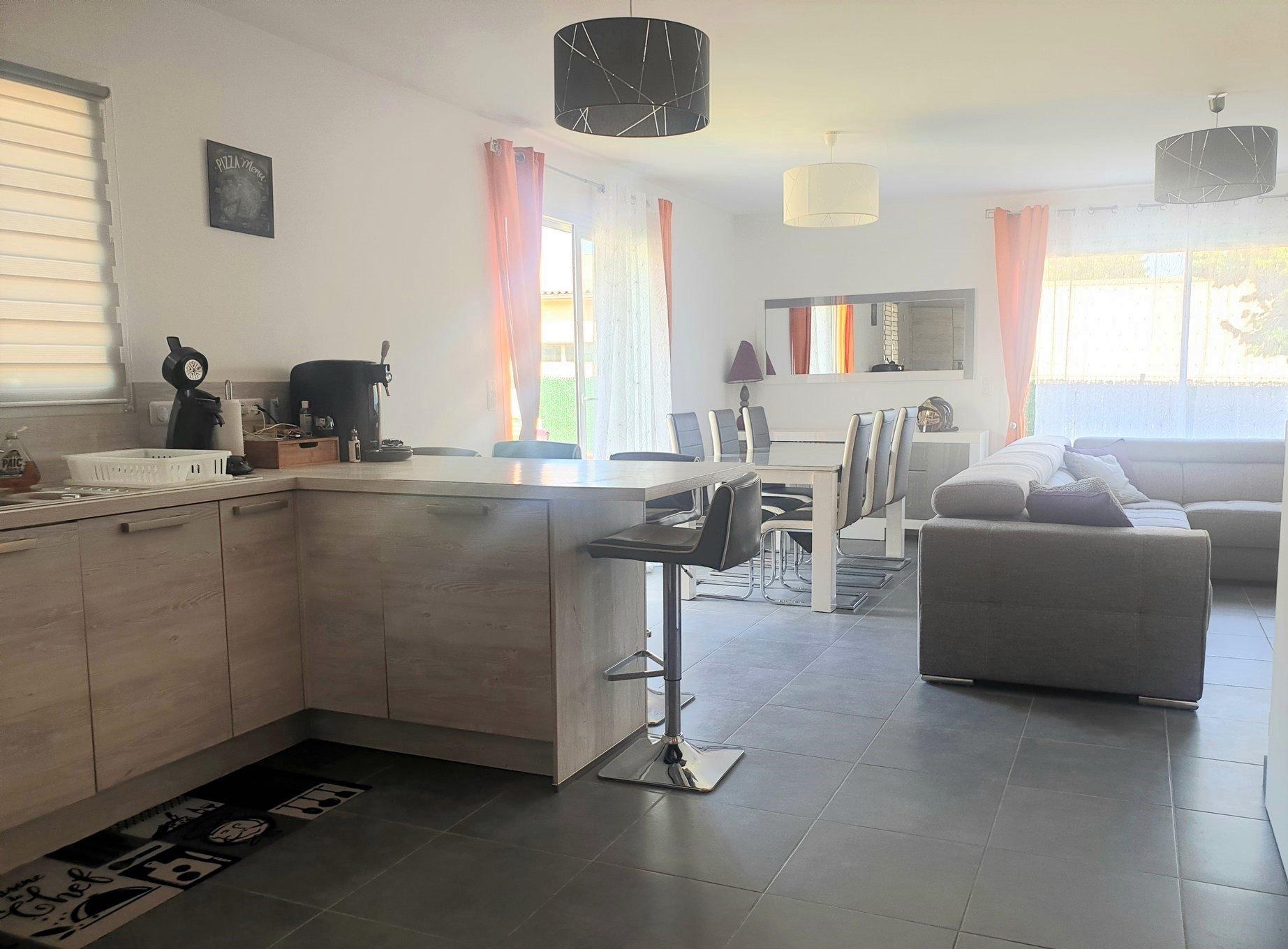 Maison 100 m² sur 221 m² de terrain