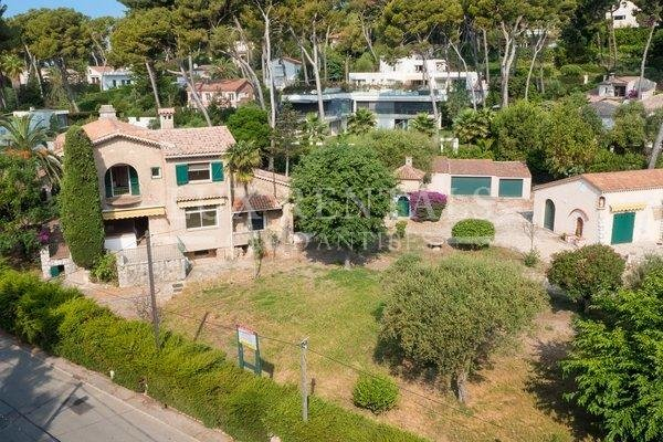 Property  Antibes