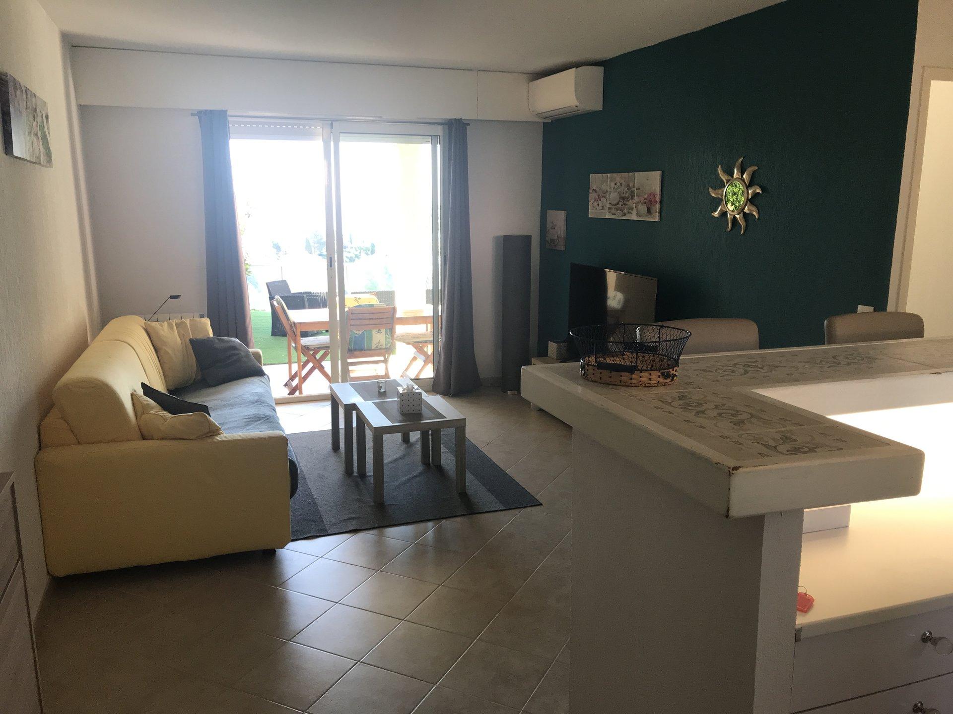 2 roms leilighet med panoramautsikt over sjøen