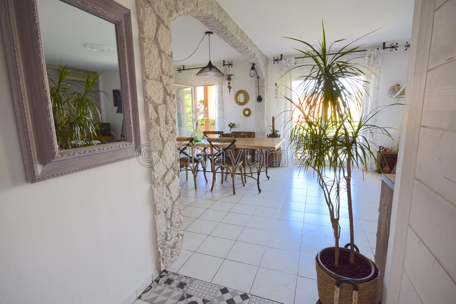 APPARTEMENT T4 TERRASSES CHATEAU GOMBERT MARSEILLE 13013