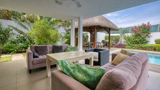 Sumptuous Contemporary Villa near Grand Bay