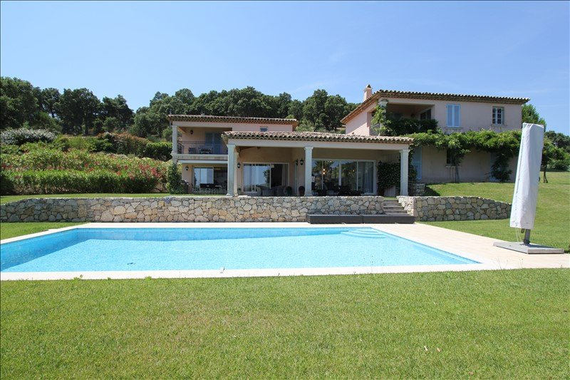 Luxurious  Villa with Sea View nearby St Tropez