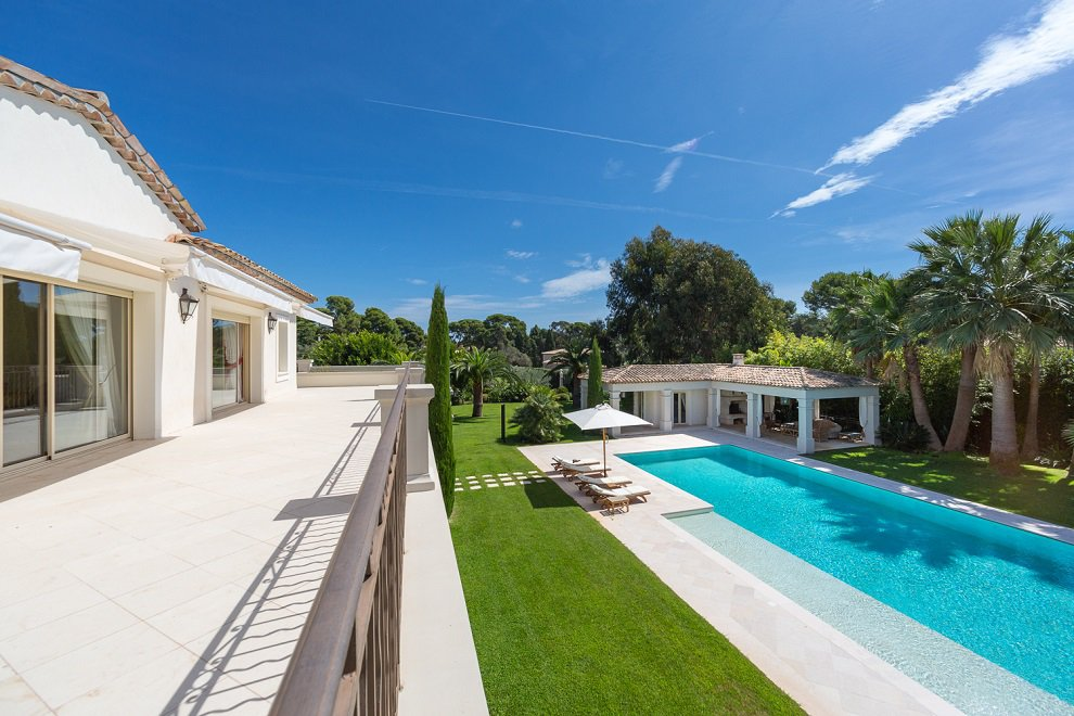 VILLA D'EXCEPTION - CAP D'ANTIBES