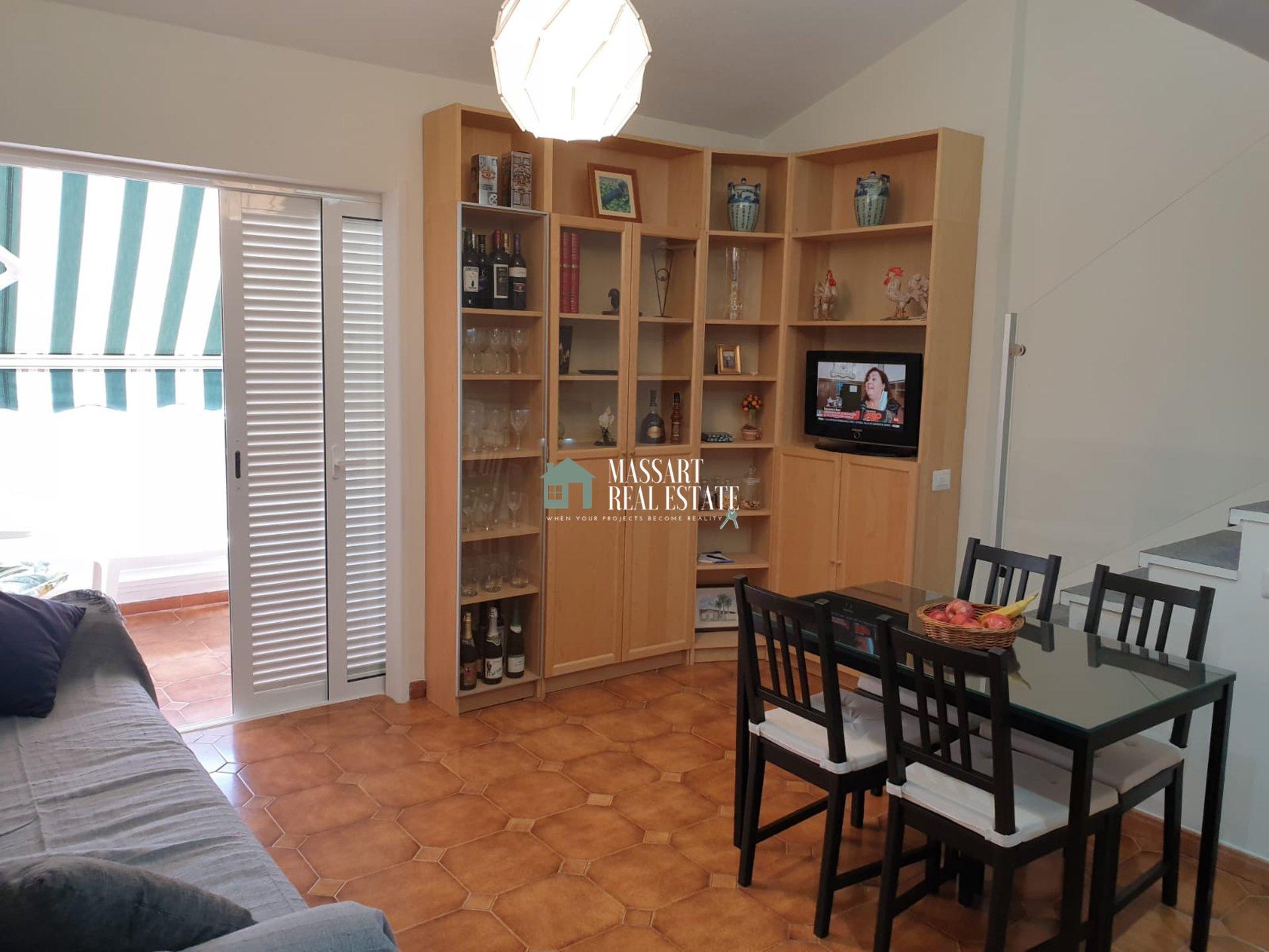 Magnifique penthouse de 70 m2 dans le quartier stratégique de Los Cristianos, dans le complexe résidentiel Chipeque.