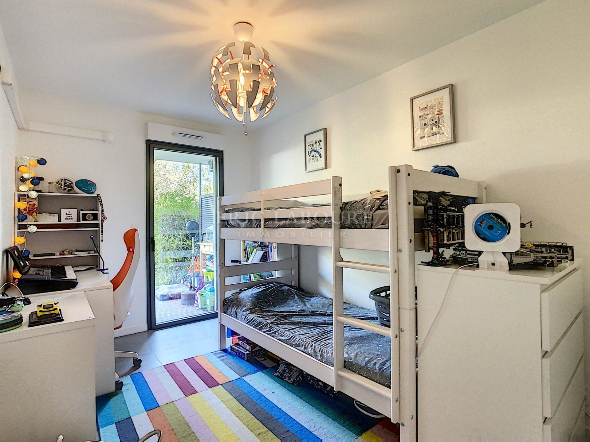 ON OFFER - CALM - New 4 room apartment with garden  - Antibes
