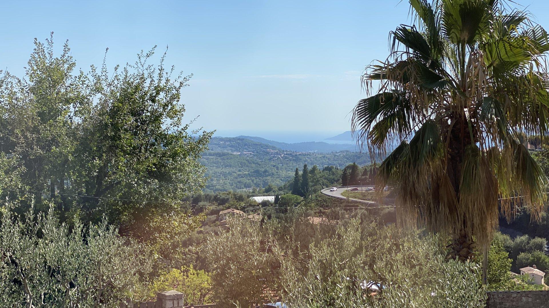 LOCATION - CHATEAUNEUF - VILLA